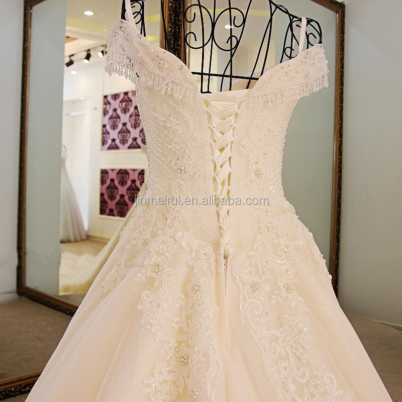 New Design Cap Sleeve V-Neck Princess Wedding Dresses 2017 Robe de Mariage Heavy Beadings Lace Appliques Bridal Gowns