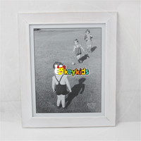 2017 wholesale unique wooden picture frame, white wooden picture frame, latest children wooden picture frame W09A033