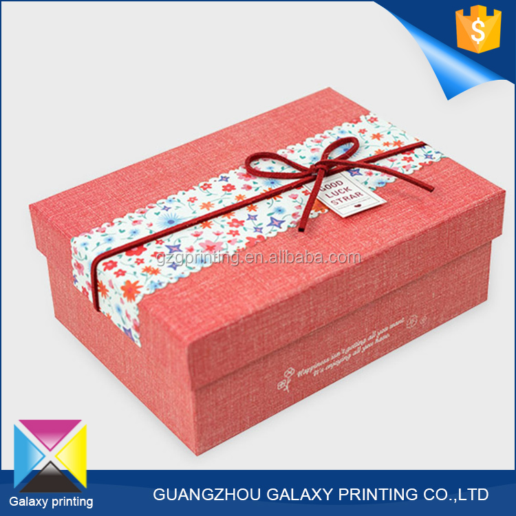 Hot-selling promotional custom printed baby clothes gift decorative box with bow tie