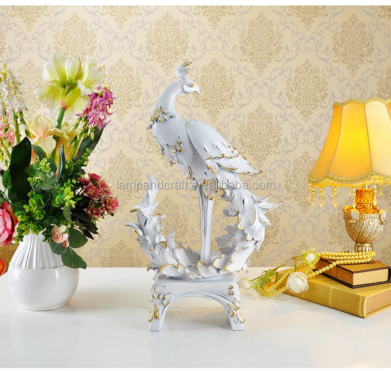 2017 Uk Handmade Resin Cat Animals Sculpture Office Table Decoration Item With Gold White Wedding Home