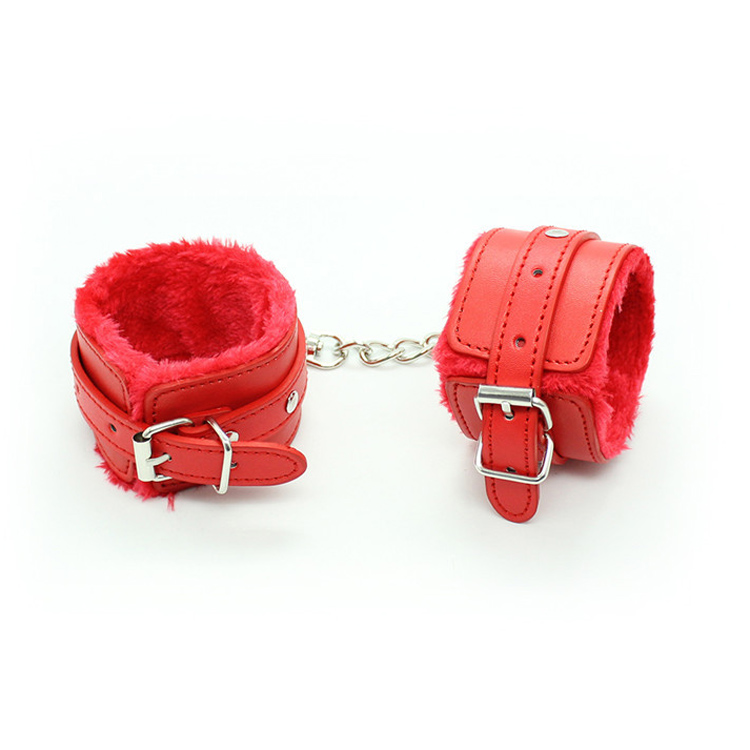 Bondage sex products soft leather wrist cuffs with fur inside for couples