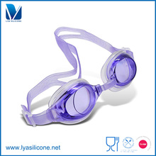 hot sale ajustment soft sport and comfortable silicone swimming and diving goggles in America