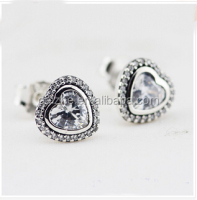 Newest silver women fancy white sapphire heart cz setting stud earring for girl oxidation color cute heart stud earring