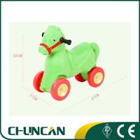 2016 Chuncan KIds Cheap Plastic Horse Toy Cars