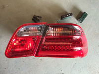 W210 Tail Lights For Mercedes benz E class E300 E320 E430 E55 AMG 96-02