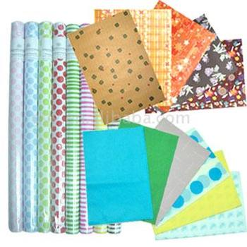 Gift wrapping paper & printed tissue paper