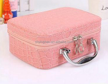 2016 cheap custom promotional fashion beautiful women leather cosmetic bag