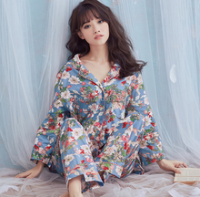 Fashion hot selling sexy printed long sleeve girls pajamas