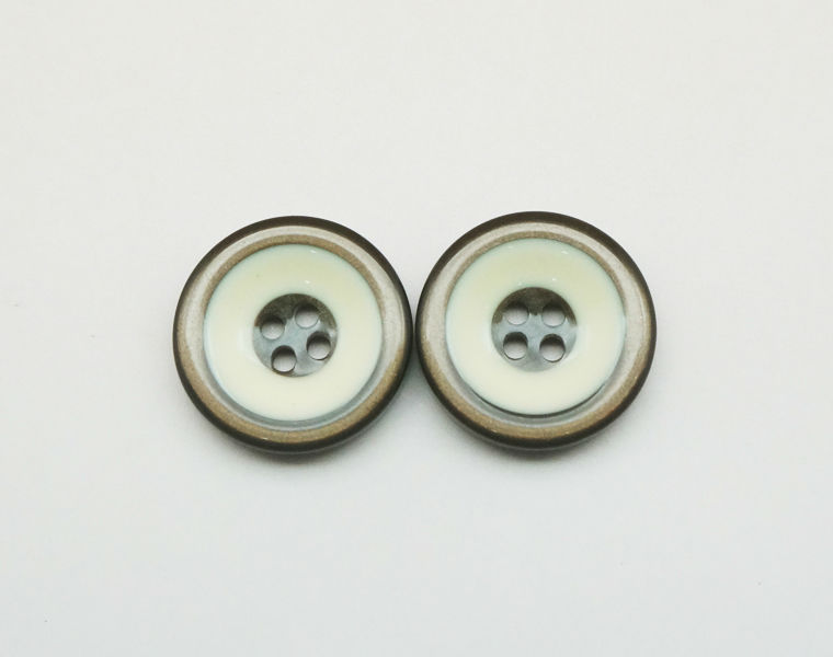 High End Silver Buttons Round 4-Hole