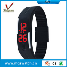 new fashion silicone wrist watch water resistant cheap led watch
