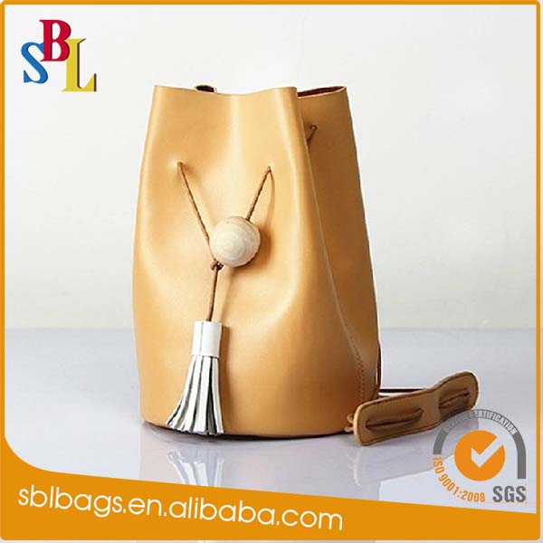 High quality cow leather women handbags fashion lady handbag in China