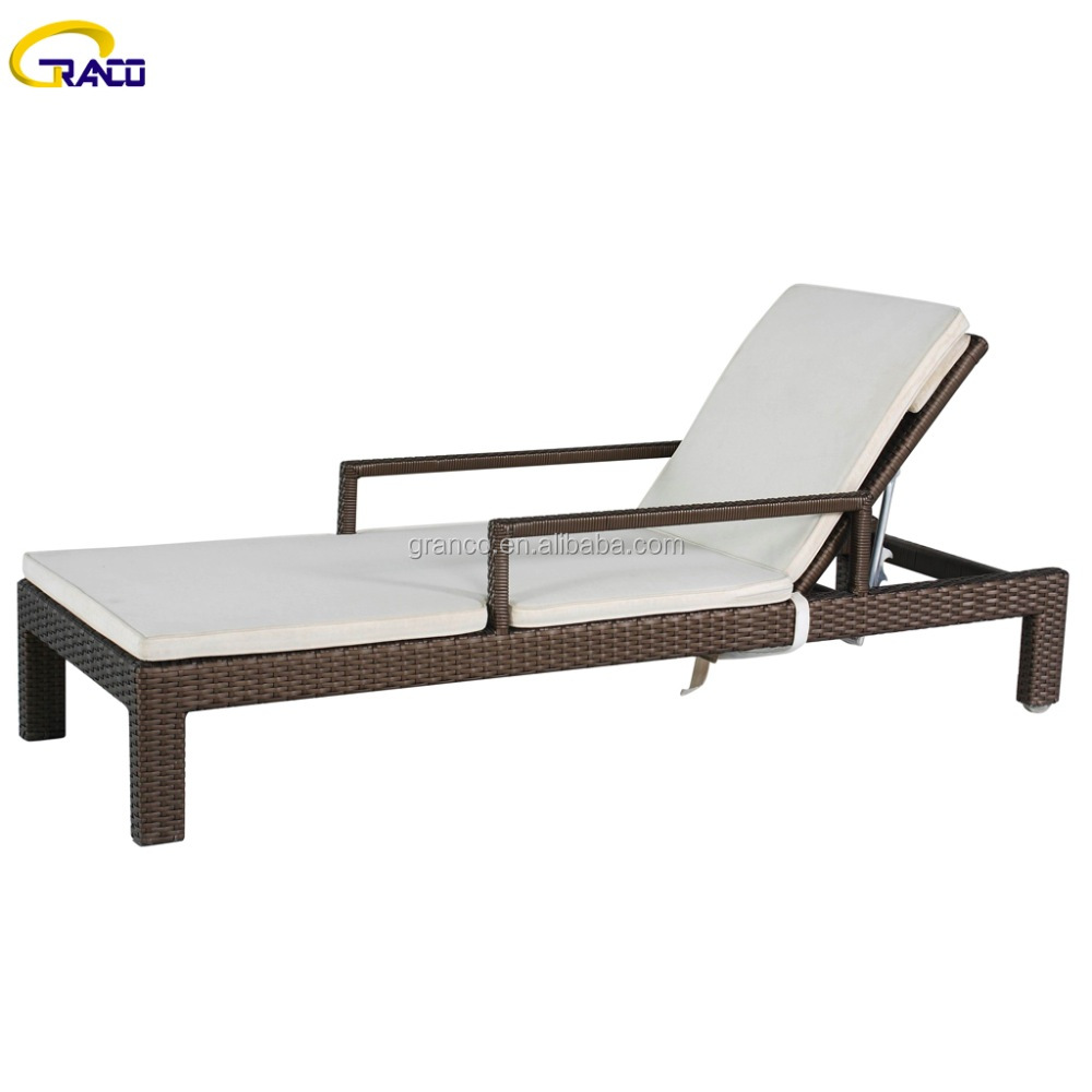 Outdoor furniture rattan poolside sunbed with arms
