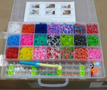 Wholesale 4200pcs DIY colorful loom refill bands box , box kit with charms