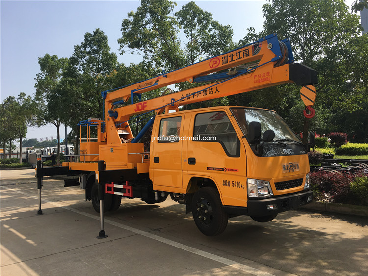 18m high lifting truck1.JPG