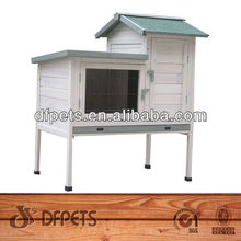 Classic White Wooden Rabbit Hutch DFR059
