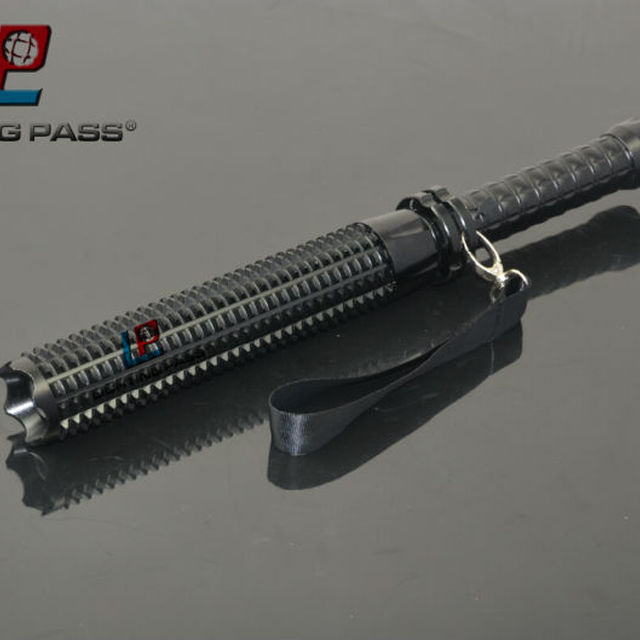 3W CREE LED rechargeable telescopic flashlight