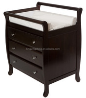 Baby sleigh changing table