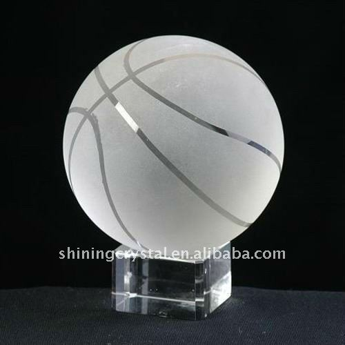 Exquisite crystal ball basketball ball with base
