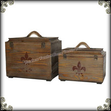 Antique nature wooden trunk with rope handle trunk