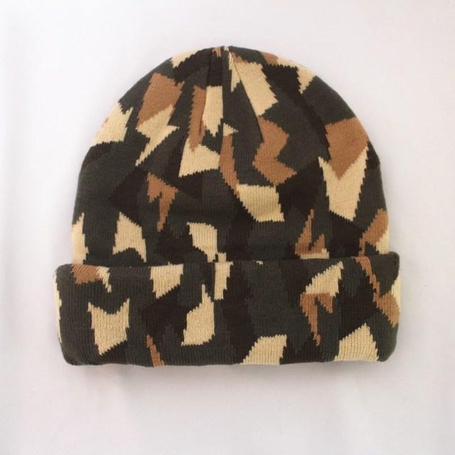 Winter camouflage design knit beanie hat