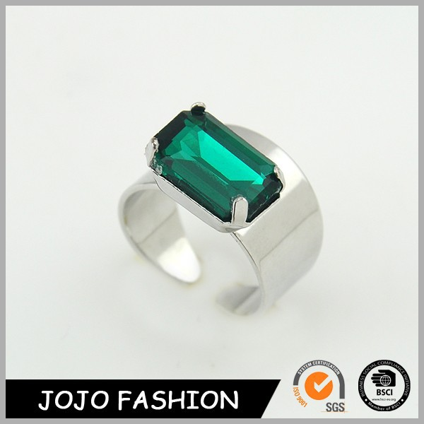 Wholesale female high quality eco-friendly green gem ring