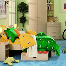 Hot selling winter bedsheets 100% cartoon children bed sheets with dog print