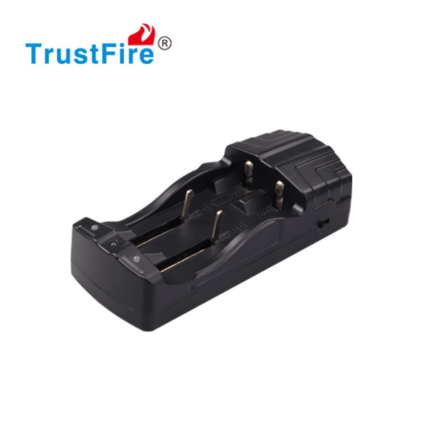 TrustFire TR-007 multi intelligent fast charging 12V dual charger for li-ion battery