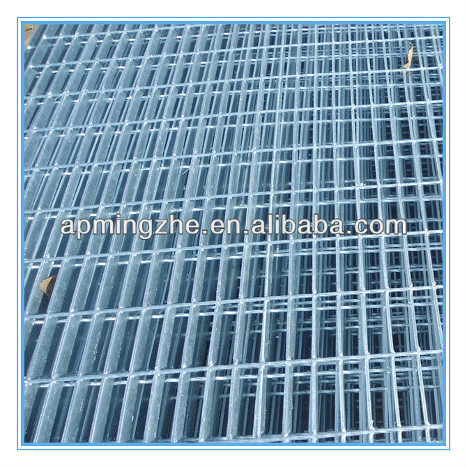 Low carbon steel wire, PVC coated wire welded wire mesh panel for agriculture, construction, transportation, mining, golf course