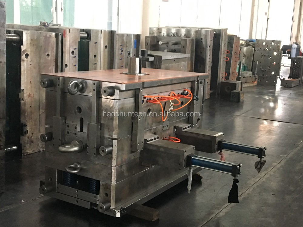 OEM service DME standerd plastic injection mold factory