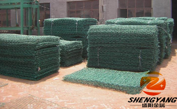 China factory stone cages for retaining wall hexagonal wire netting rock gabion baskets PVC coated stone cages wall