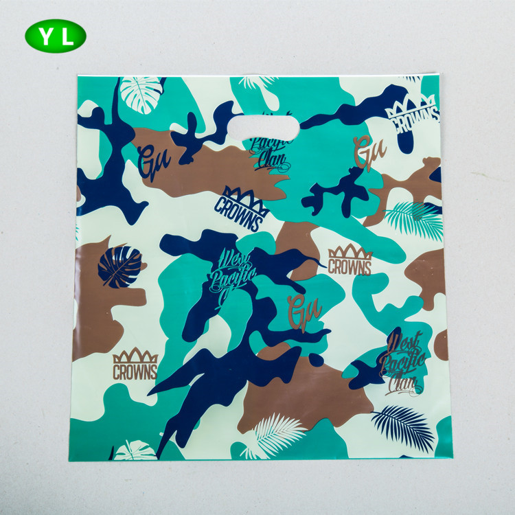 2016 Suzhou wholesale camouflage pattern printing die cut plastic shopping bag