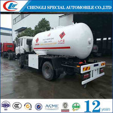 Factory direct sales 4x2 dongfeng 5m3 mini lpg bobtail cooking gas refilling truck