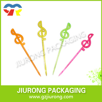 Small colorful plastic Musical Notes shaped fruit forks for party decoration
