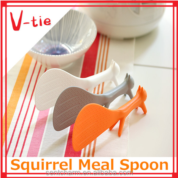 2015 Fashionable squirrel shape heat resistant cooking spoon with long handle