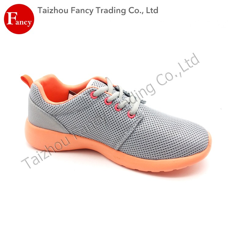 2016 New Design Running Mesh Latest Model Sport Shoes