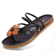 2015 China shoe factory cheap wholesale ladies leather chappal