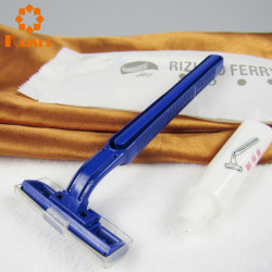 Reliable shaving straight razor with double edge razor blades