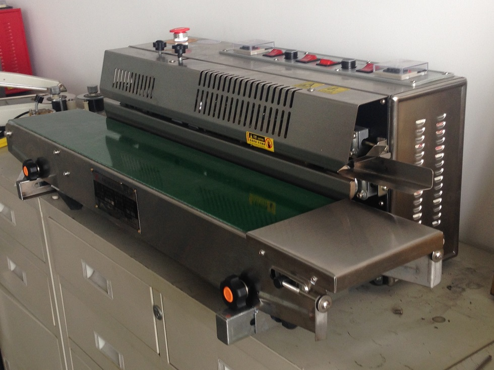 band sealer with broad conveyor 300mm