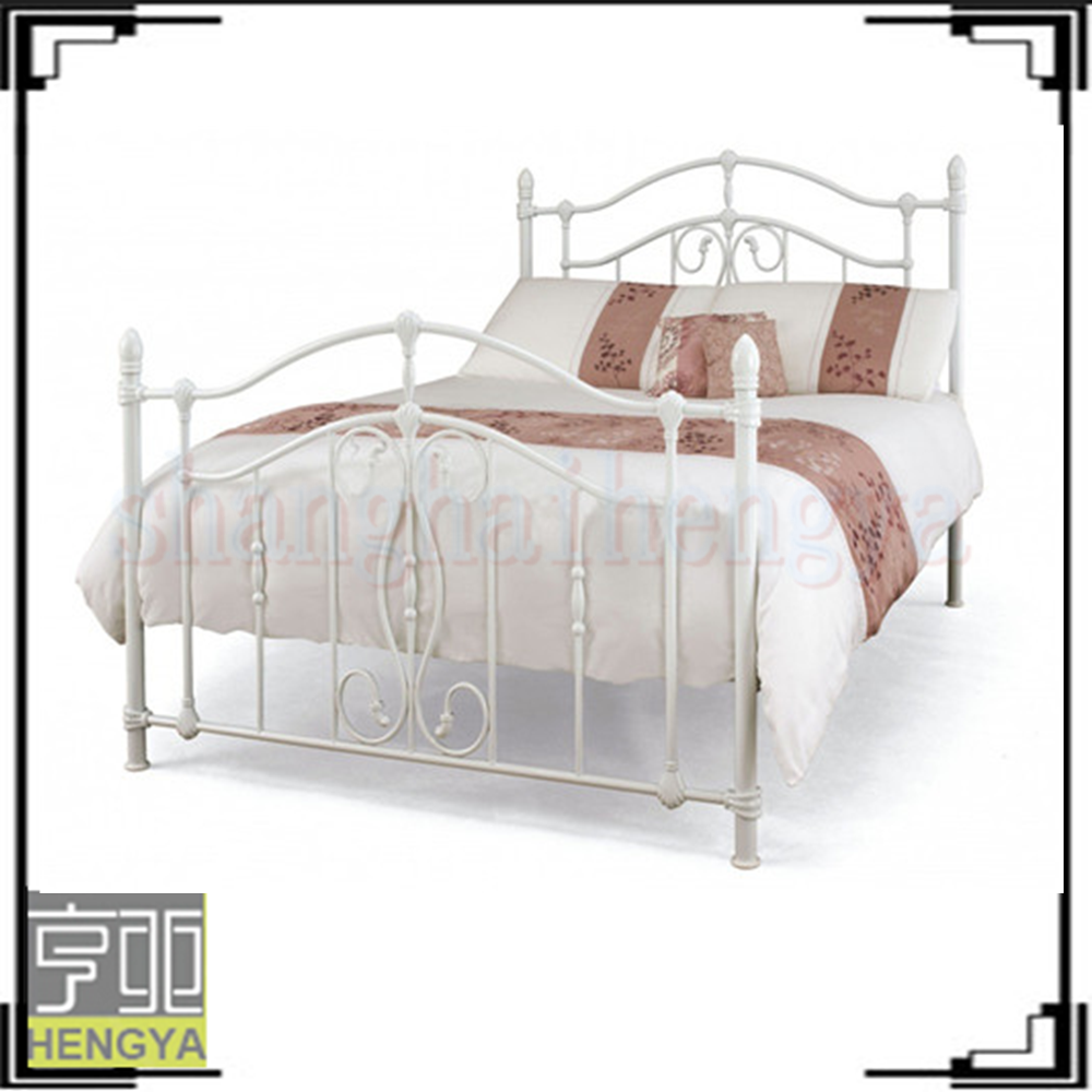 Victorian White Iron Beds : Giselle antique white graceful lines victorian iron metal