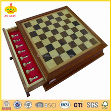 wooden chess set with high quality chess pieces