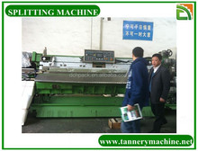 Machine for splitting leather tannery process