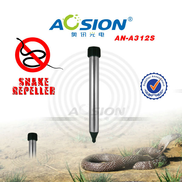 hot Australia market CE RoHS Home gardens Snakes repeller control repellent fence collars stop deterrent enclosure barriers