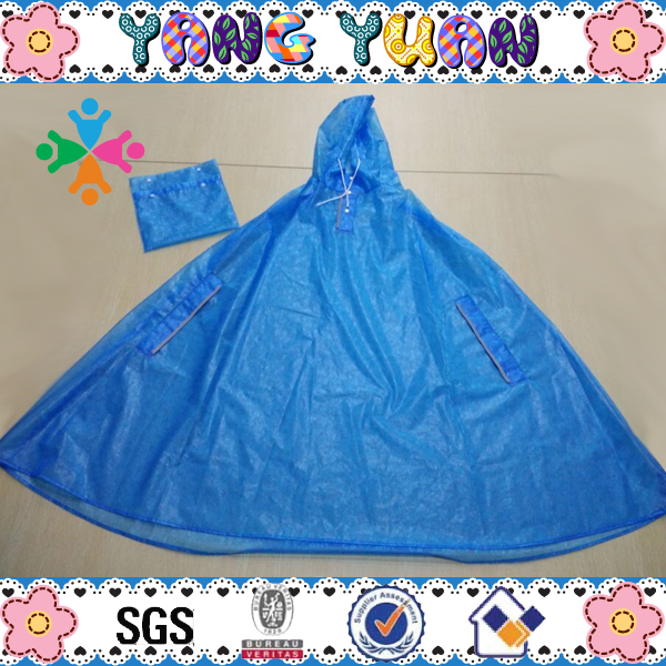 Beautiful PVC Fabric Flower Pattern Adult Rain Poncho
