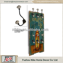 Latest design of decorative wood wall plaque with hooks wholesale