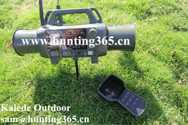 Best selling E caller hunting machine with double speakers and two-way remote control built in 403 animal sounds fox products