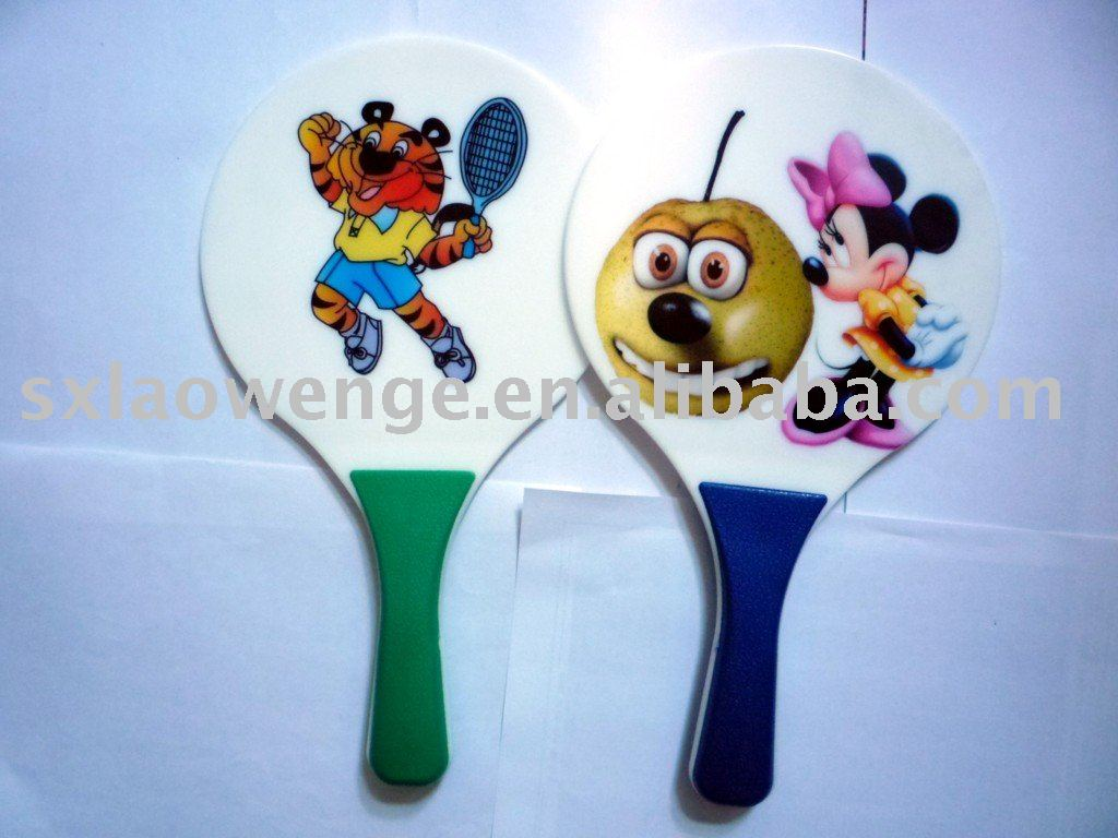 Design your logo of the plastic beach racket