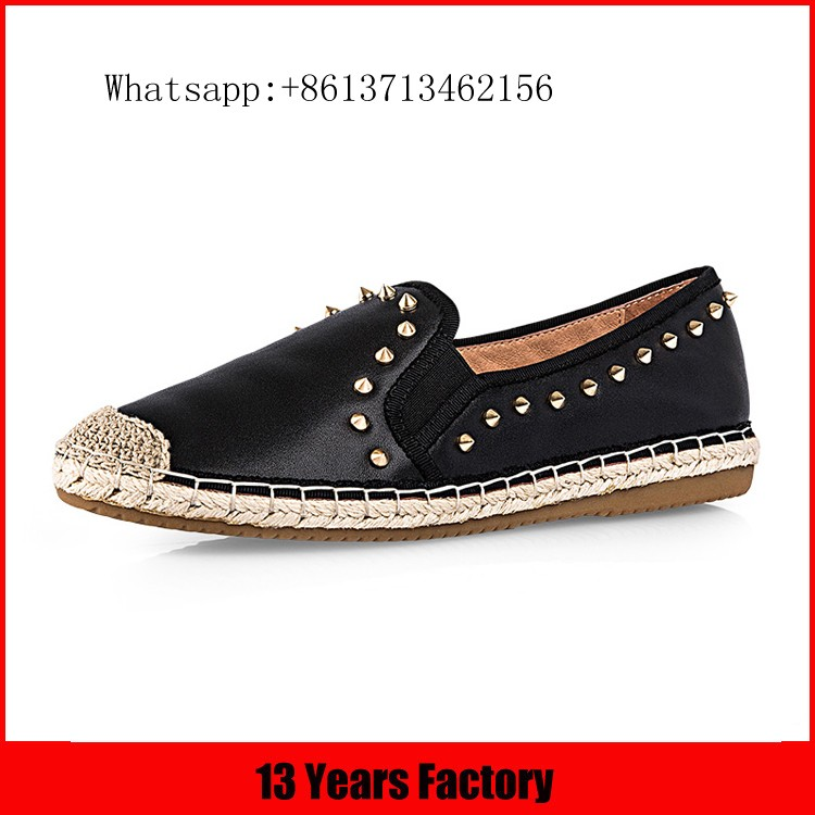 Latest design high quality best price comfortable flower ornament leather material women low heel flat ladies shoes