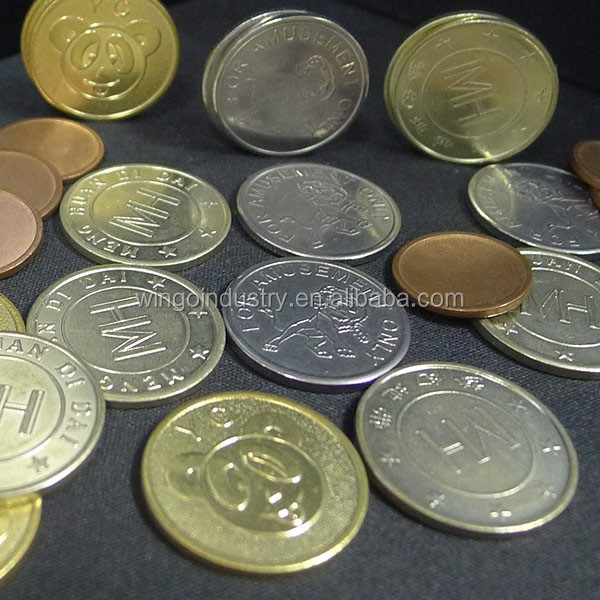 Custom golden/silver metal coins for custom tabletop family board game pieces