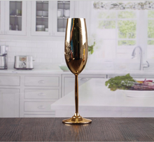 customized size champagne glass manufacturing
