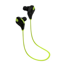 Sports BT headset/wireless earbud with built-in microphone